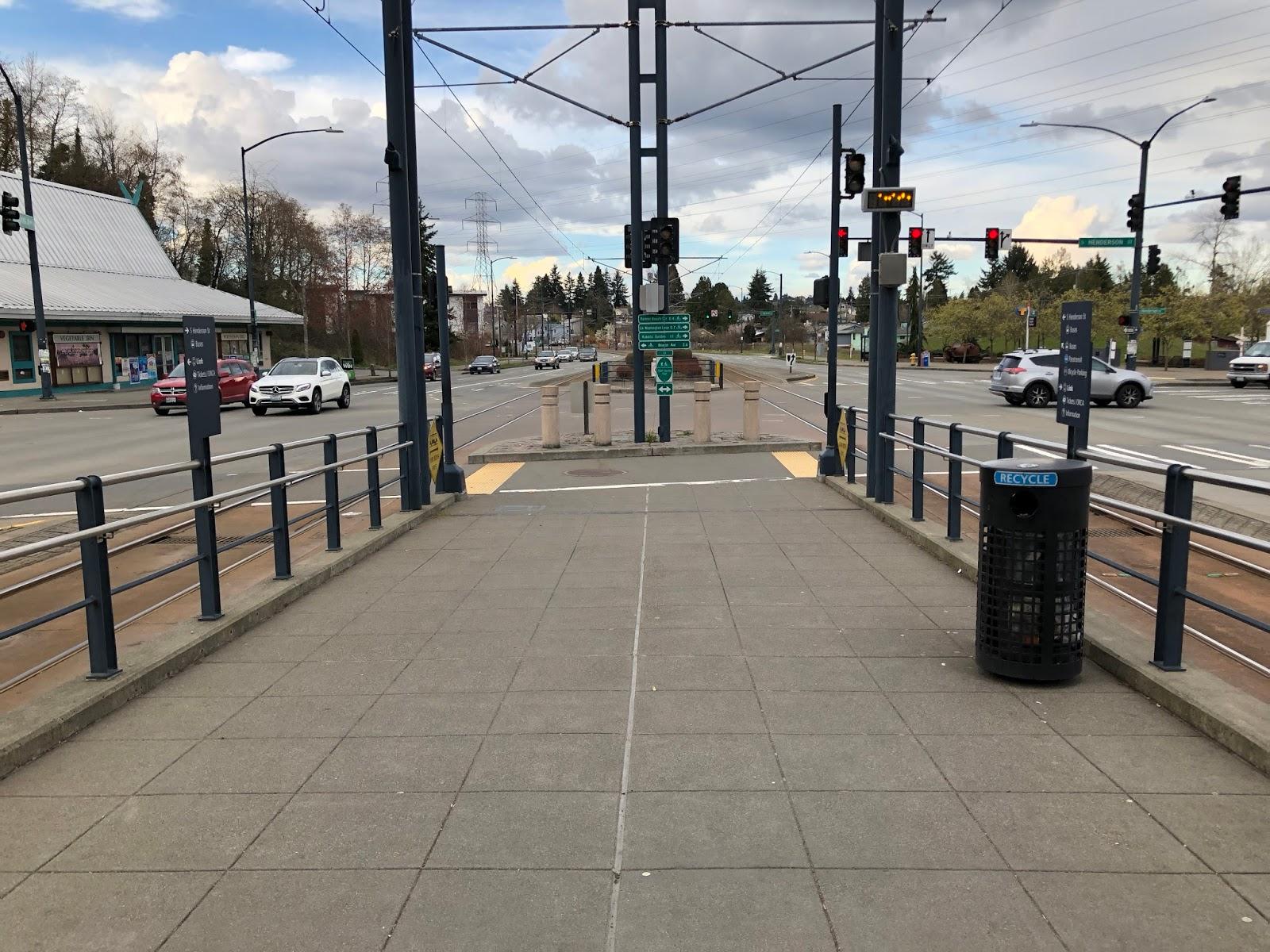 The South Fraser Blog: Seattle's light rail sheds light on