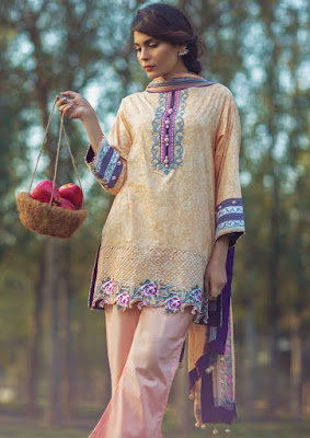 Alkaram-summer-embroidered-lawn-prints-dresses-2017-collection-7