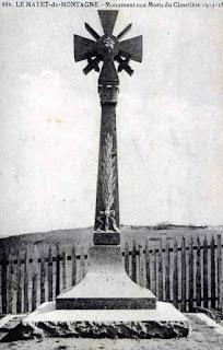 CPA monuments aux Morts de l'Allier, le Mayet de Montagne