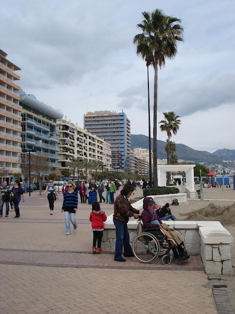 Główny deptak przy plaży