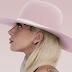 """Joanne"" debuta con 314.000 copias vendidas a nivel mundial"