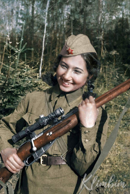 Soviet sniper Jr. Lt. Ziba Ganiyeva, Women color photos worldwartwo.filminspector.com
