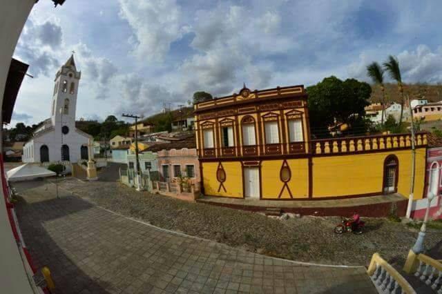 Paróquia de Piranhas encerra novenário da Padroeira com procissão pelas ruas do Centro Histórico da cidade