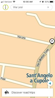 The TomTom app shows more street names.