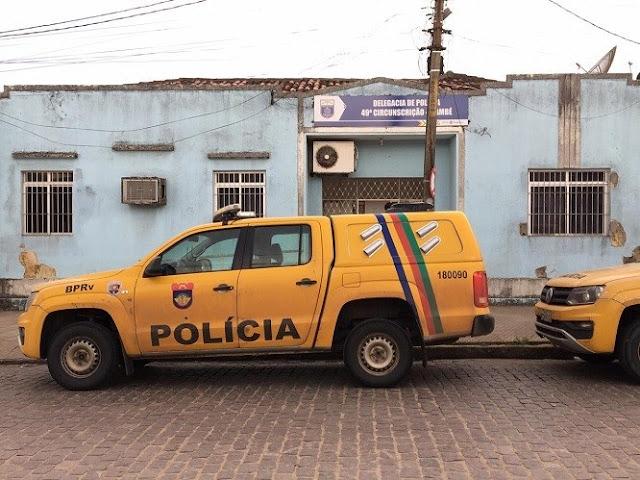 BPRv apreende arma na PE-75 em Itambé