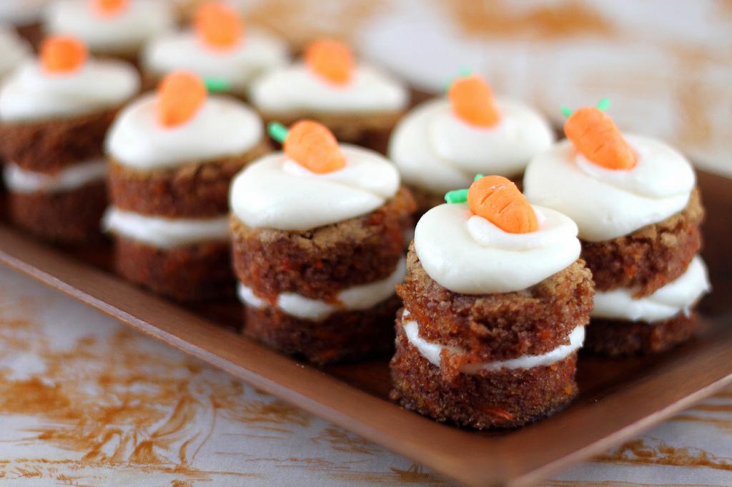 Mini Carrot Cake Bites