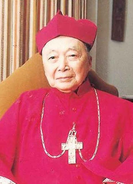 O Cardeal Inácio Kung,enfrentou a perseguição comunista, foi preso, torturado e por fim exilado