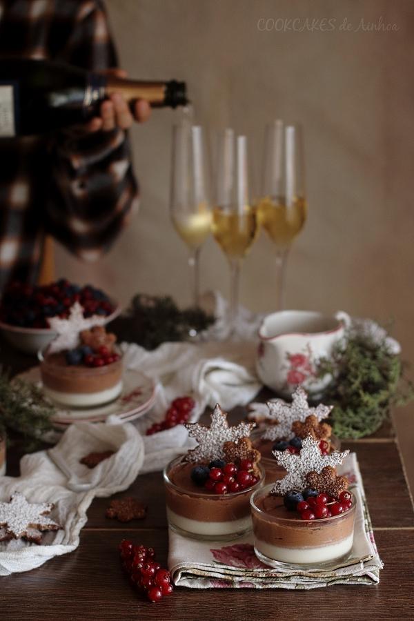 Mousse de Chocolat y Panna Cotta de Cava. Vasitos dobles con Galletas de Jengibre. Cookcakes de Ainhoa
