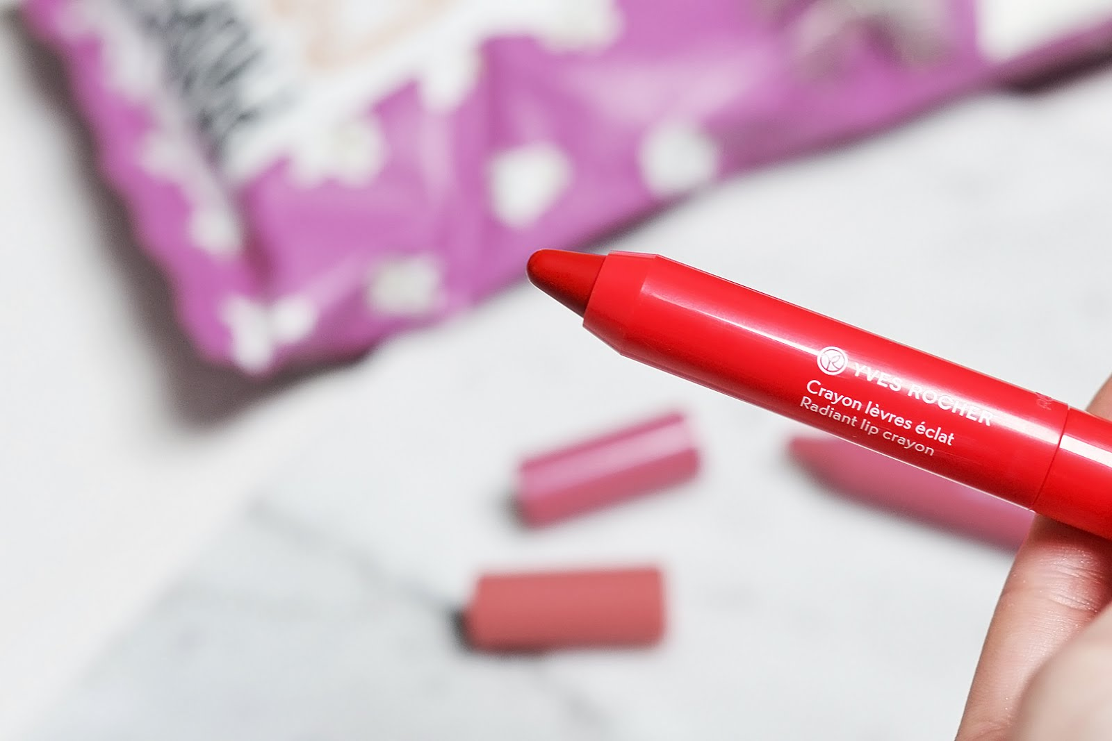 Yves rocher, glossy lip pens, Rose somptueux, Rouche flamboyant, swatches, fashion blogger, belgie, belgium, mode blogger