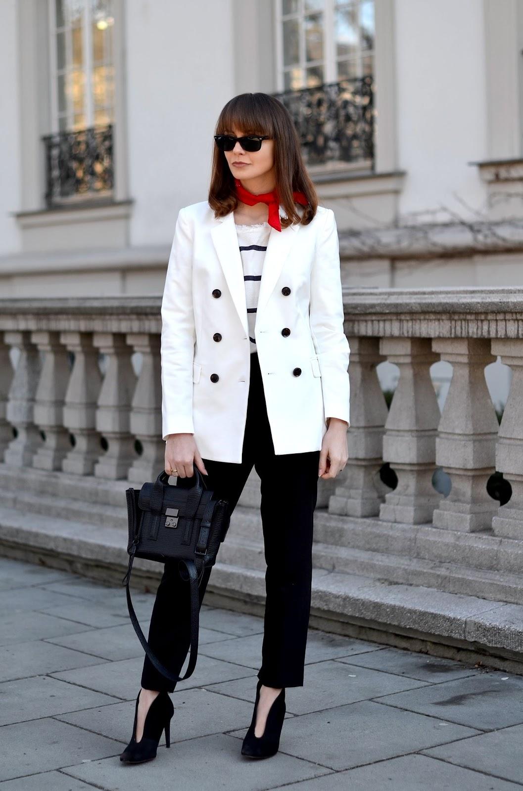 czerwona bandamka | jak nosic chustki | blog modowy |