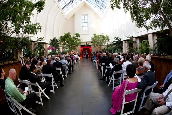Wedding Venues Omaha lauritzen gardens omaha