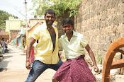 Rayudu movie Stills-thumbnail-3