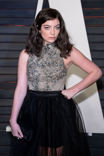 Lorde – 2016 Vanity Fair Oscar Party Red Carpet