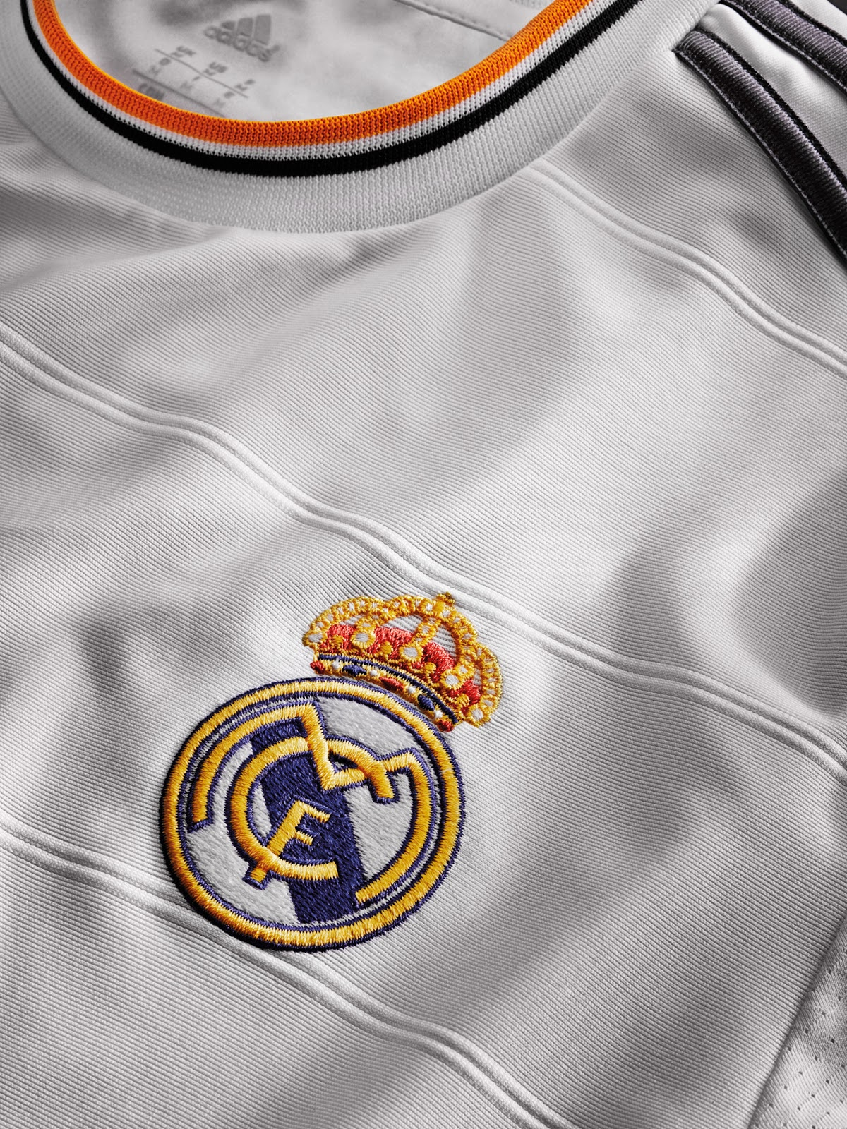 Third Madrid and Released  13-14 Away Real Home, Kits