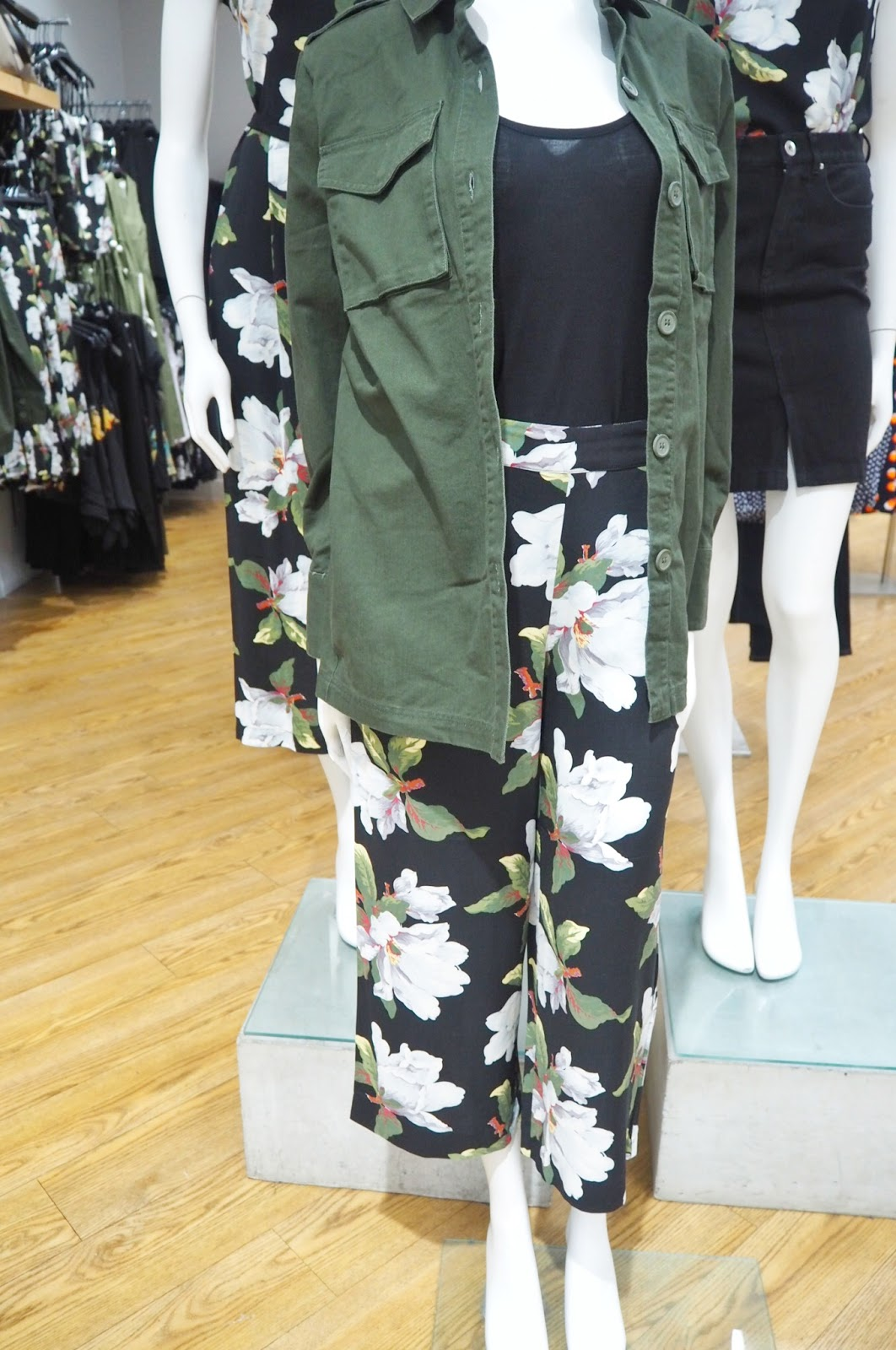 Warehouse (in Debenhams) - Magnolia culottes