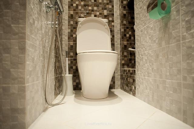 gạch ốp nền nhà vệ sinh