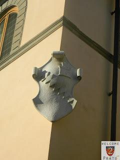 Stemma - Bardi - Facciata - Palazzo Alberti