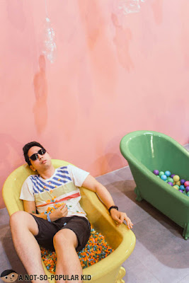 Renz Cheng in Bath Tub, The Dessert Museum