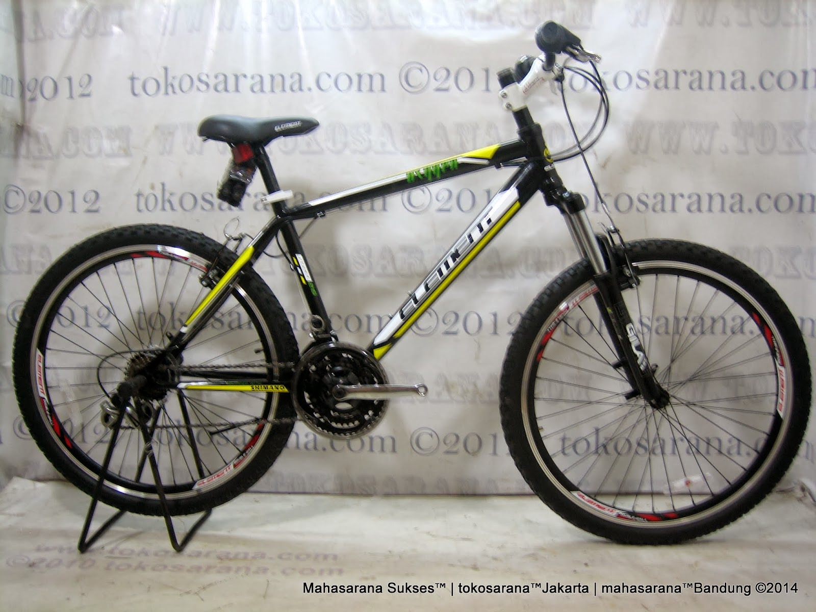 Limited Edition Sepeda Gunung Element Oxygen dengan RST Gila Travel 100mm Fork 26 Inci