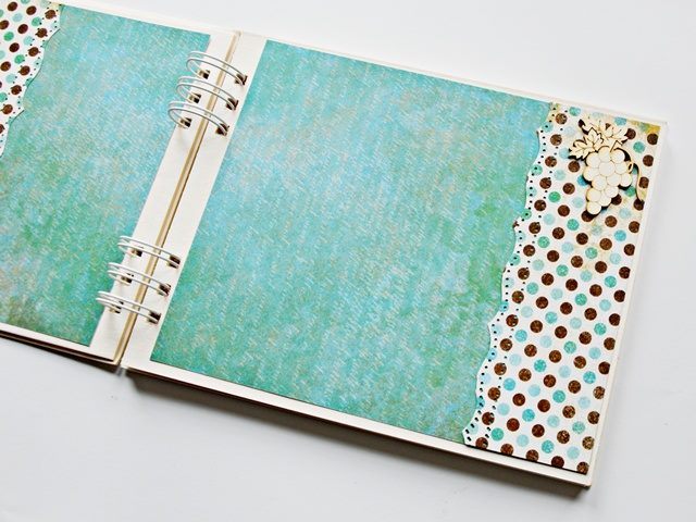 baza albumowa 15x15 z białą sprężyną