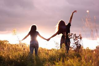 Kata Kata Mutiara Bijak untuk Sahabat