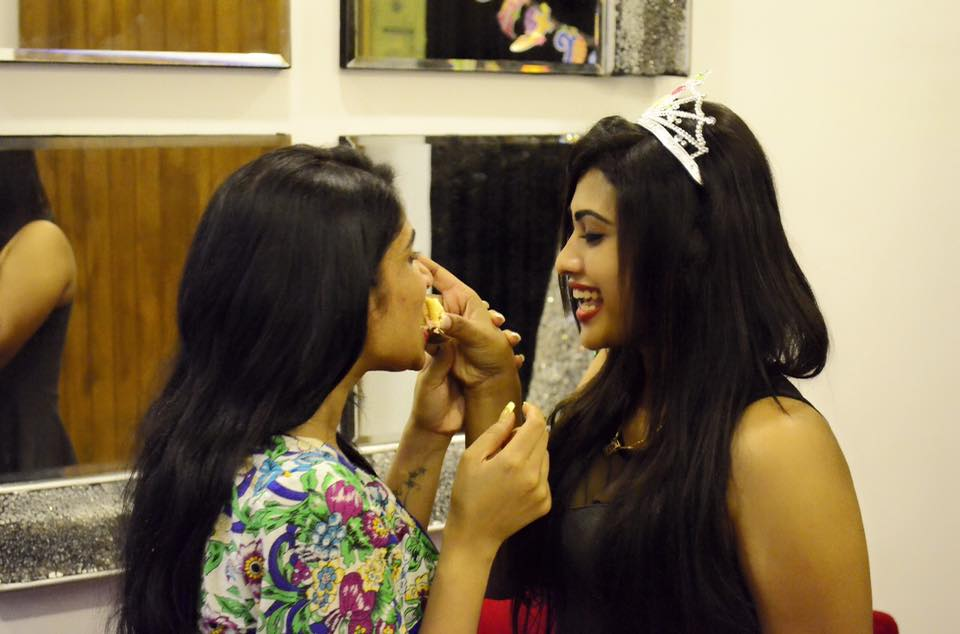 piumi hansamali and aksha sudari love