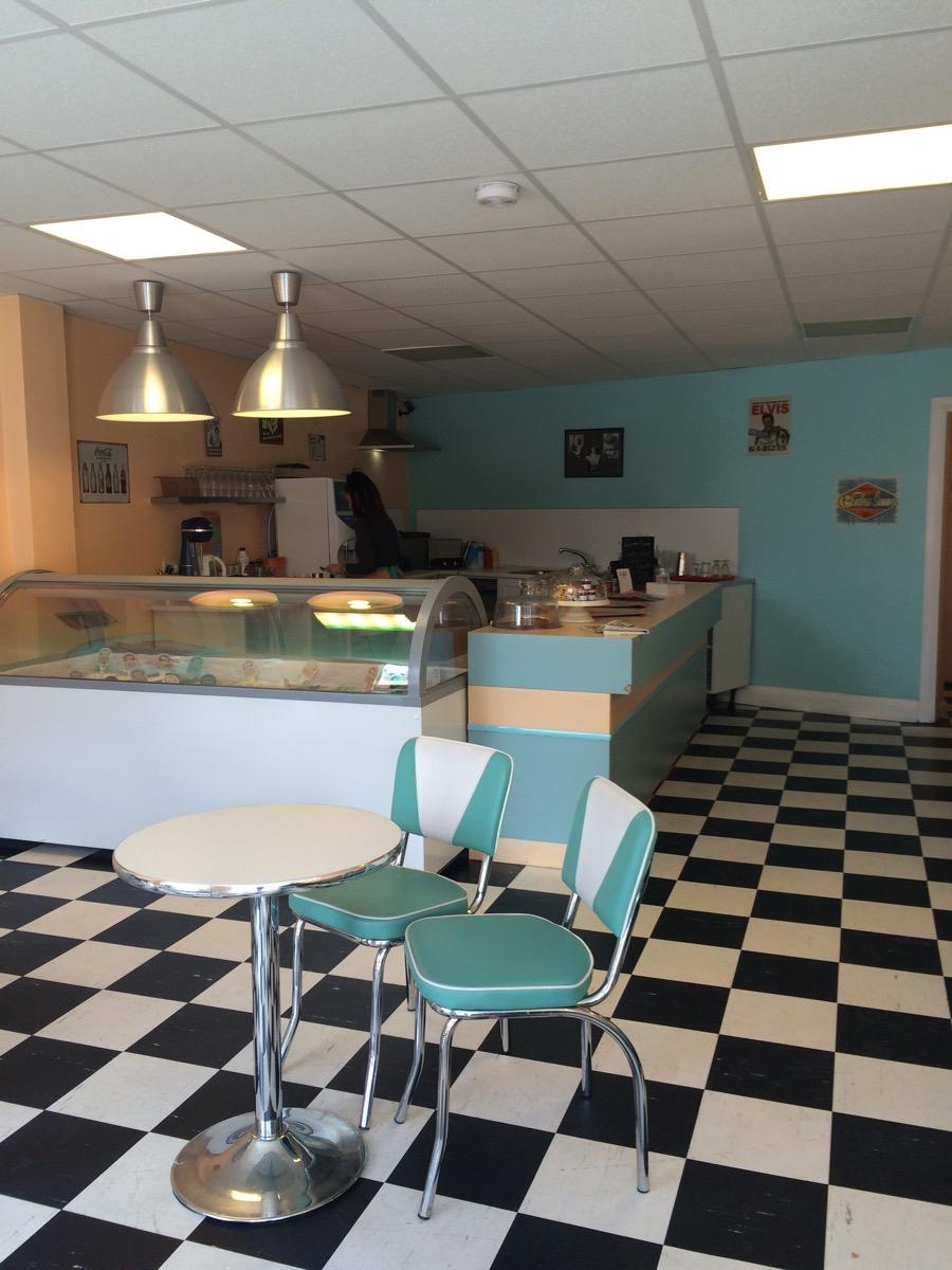 North East Ice Cream Parlours - Tutti Frutti Whitburn