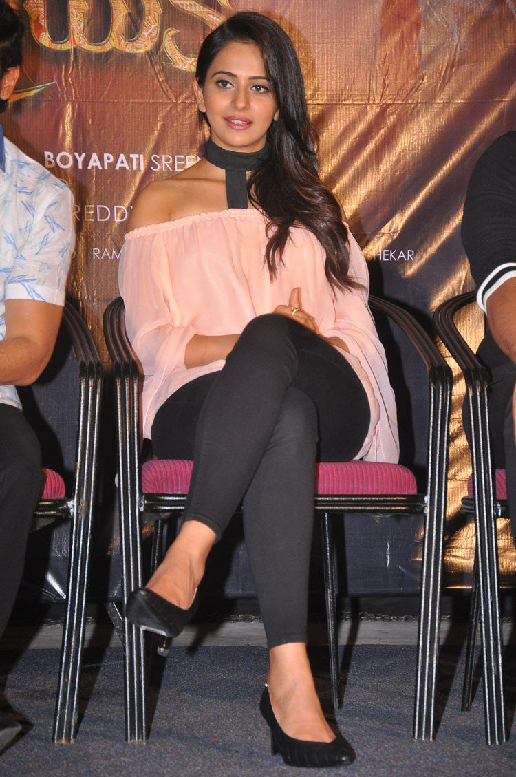 Actress RakulPreetSingh Latest Photos
