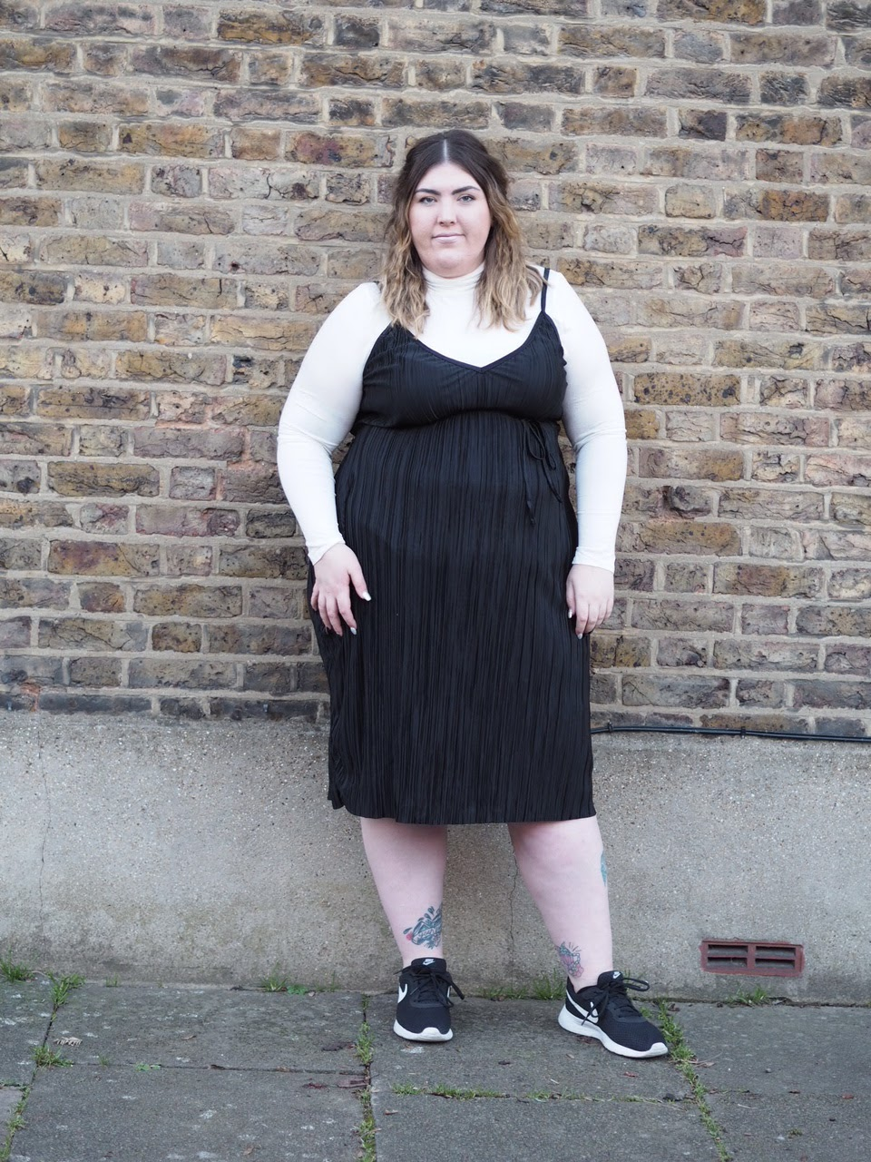 In The Style Curve - Pleated Midi Dress