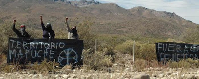 Tierra y Libertad al pueblo Mapuche ¡Weuwaiñ!