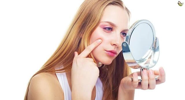 أفضل الطرق لعلاج الحبوب تحت الجلد في أسرع وقت وبدون أي أضرار على البشرة أو أثار جانبية هذه العلاجات تحتوي على مكونات طبيعية المفيد للجلد.