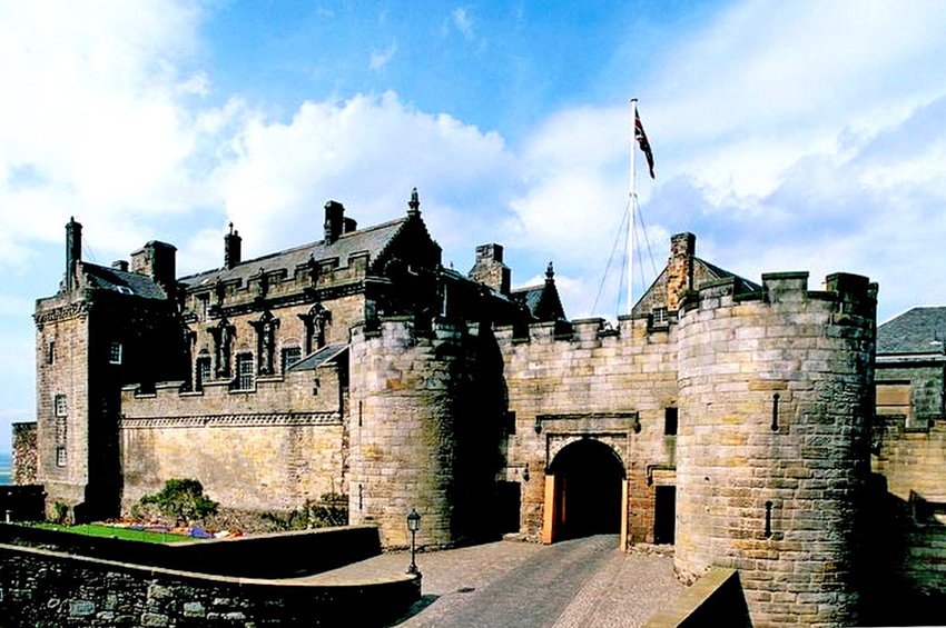 Bonnie Scotland  –  SCOTTISH  CASTLES