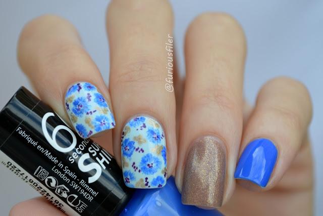 #31dc2015 cornflower blue flower glitter nails free hand