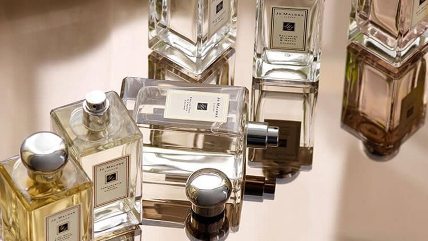 ece06535c A perfumaria JO MALONE vai abrir suas portas no Brasil e a inauguração será  no Shopping Iguatemi, prevista para o dia 01/04. Para as fãs um belo  presente.