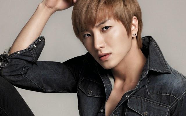 Wahh… Ternyata Leeteuk Diam-Diam Mengagumi Bentuk Tubuh Siwon Super Junior!