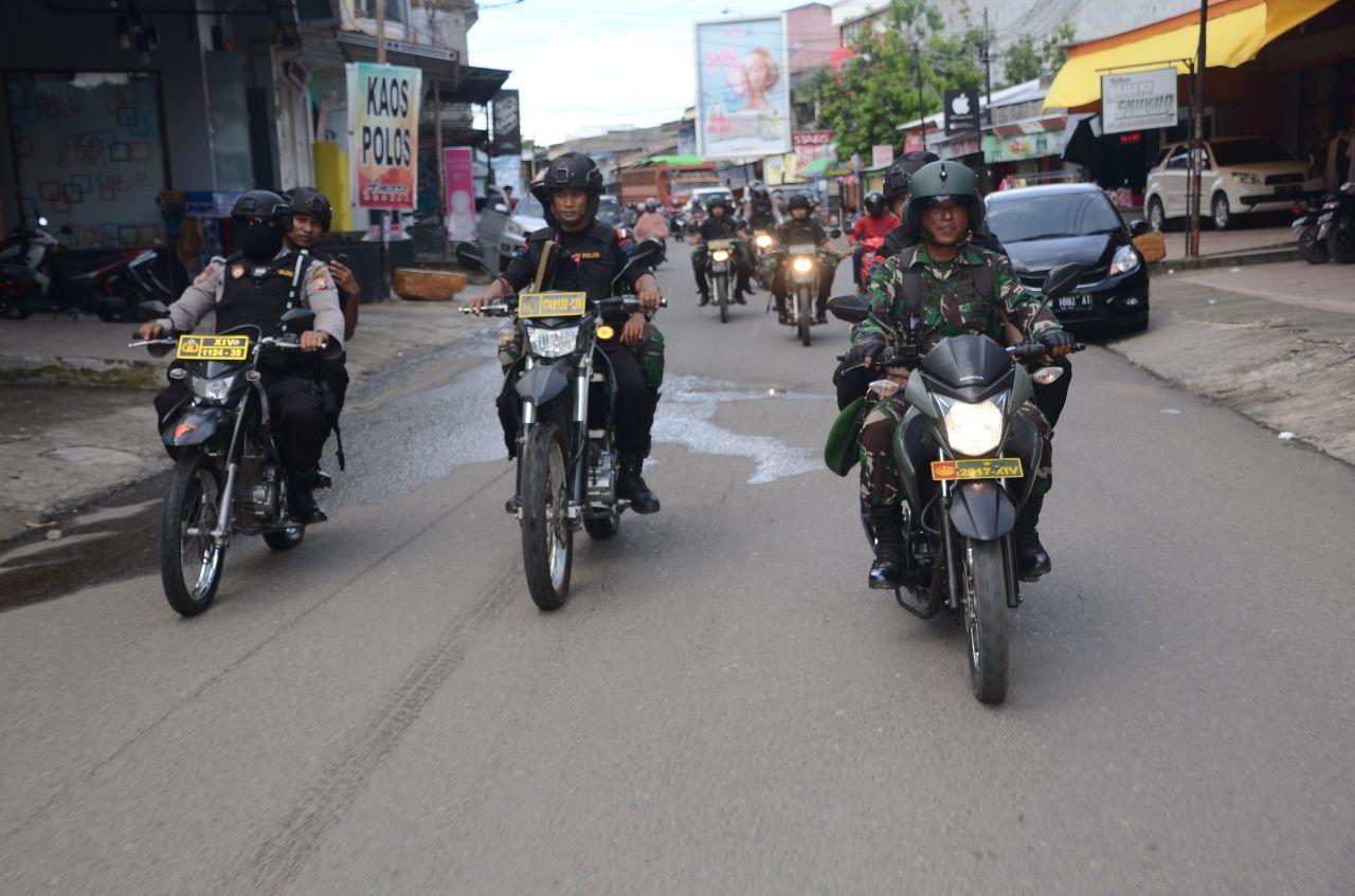 Bukti Garansi Keamanan Pemilu, TNI-POLRI Lakukan Patroli Bersama