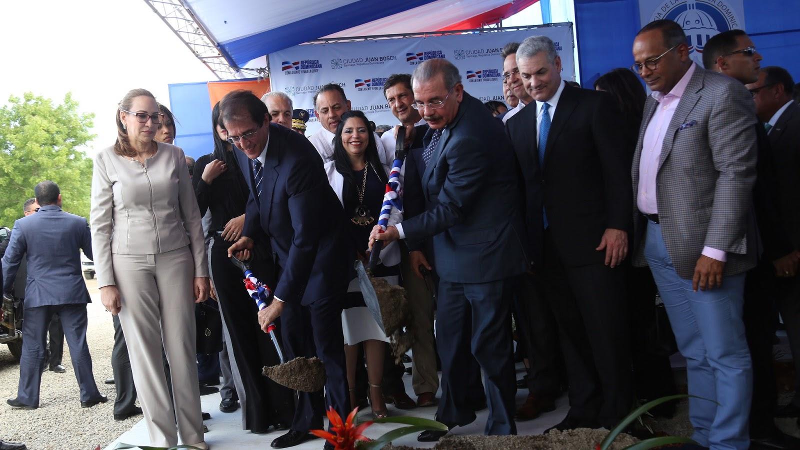 VIDEO: Presidente Danilo Medina da inicio a Ciudad Juan Bosch Santiago