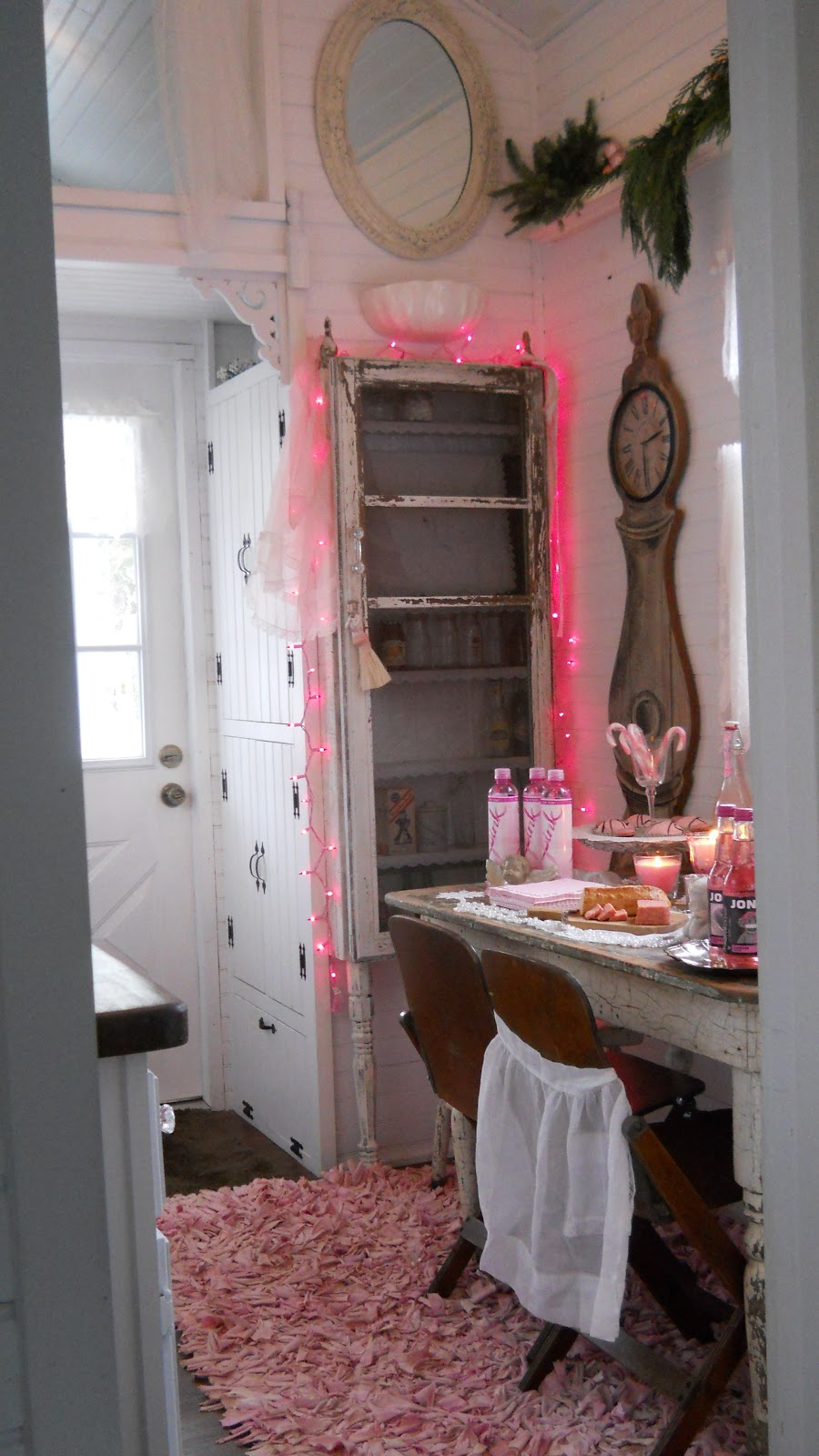 Tiny Home Designs: Shabby Chic Tiny Retreat: My Tiny House