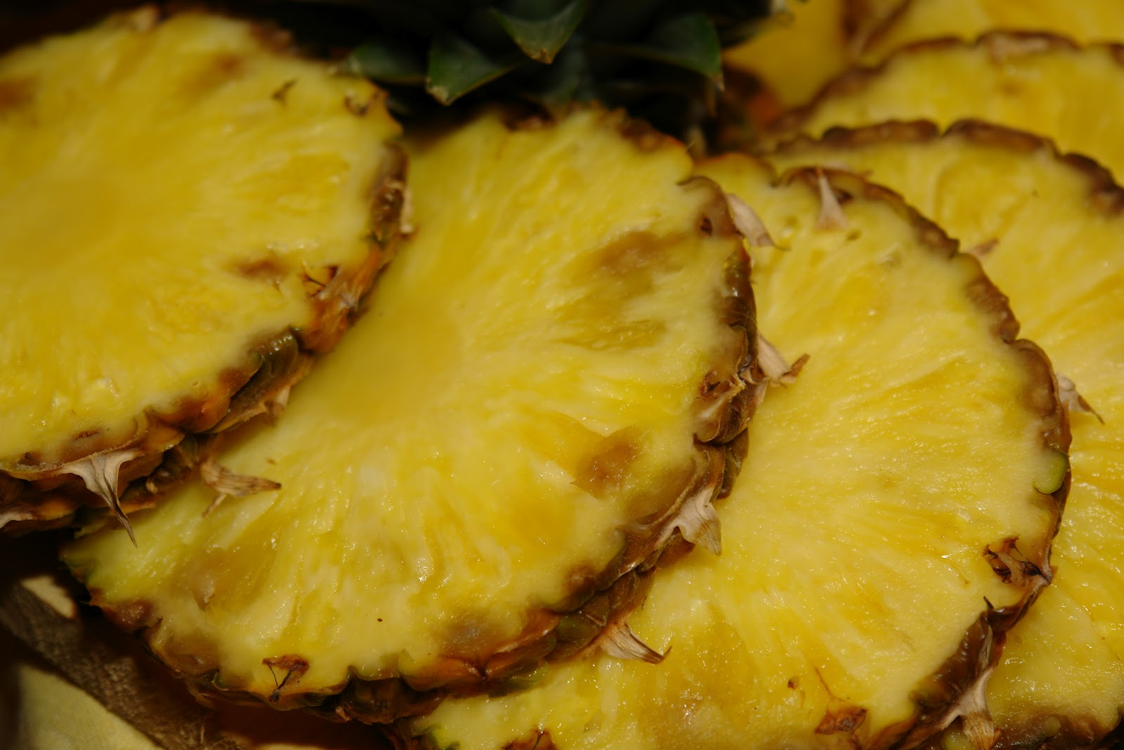 show me the sugar fanciful pineapple flambe
