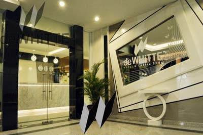 Lowongan Kerja d'e WHiTTE Hotel & Coffee Shop Pekanbaru Mei 2019