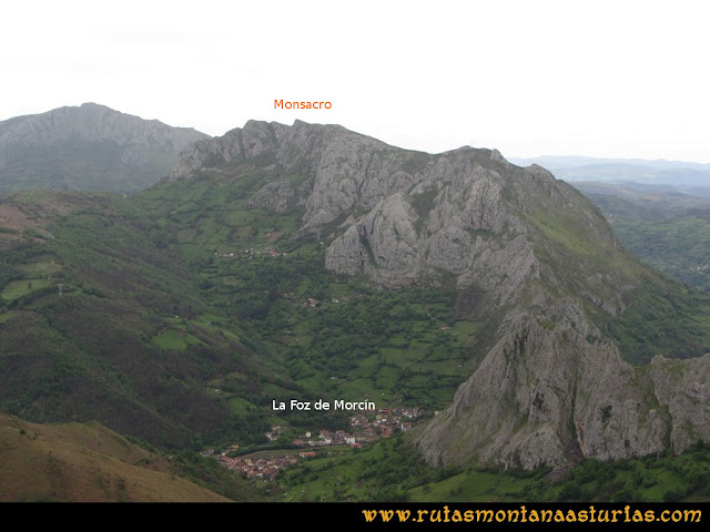Ruta Ablaña Llosorio:  Vista del Monsacro
