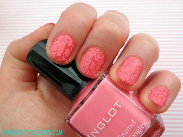 Inglot, Crazy Nails, 215 (bez top coatu)