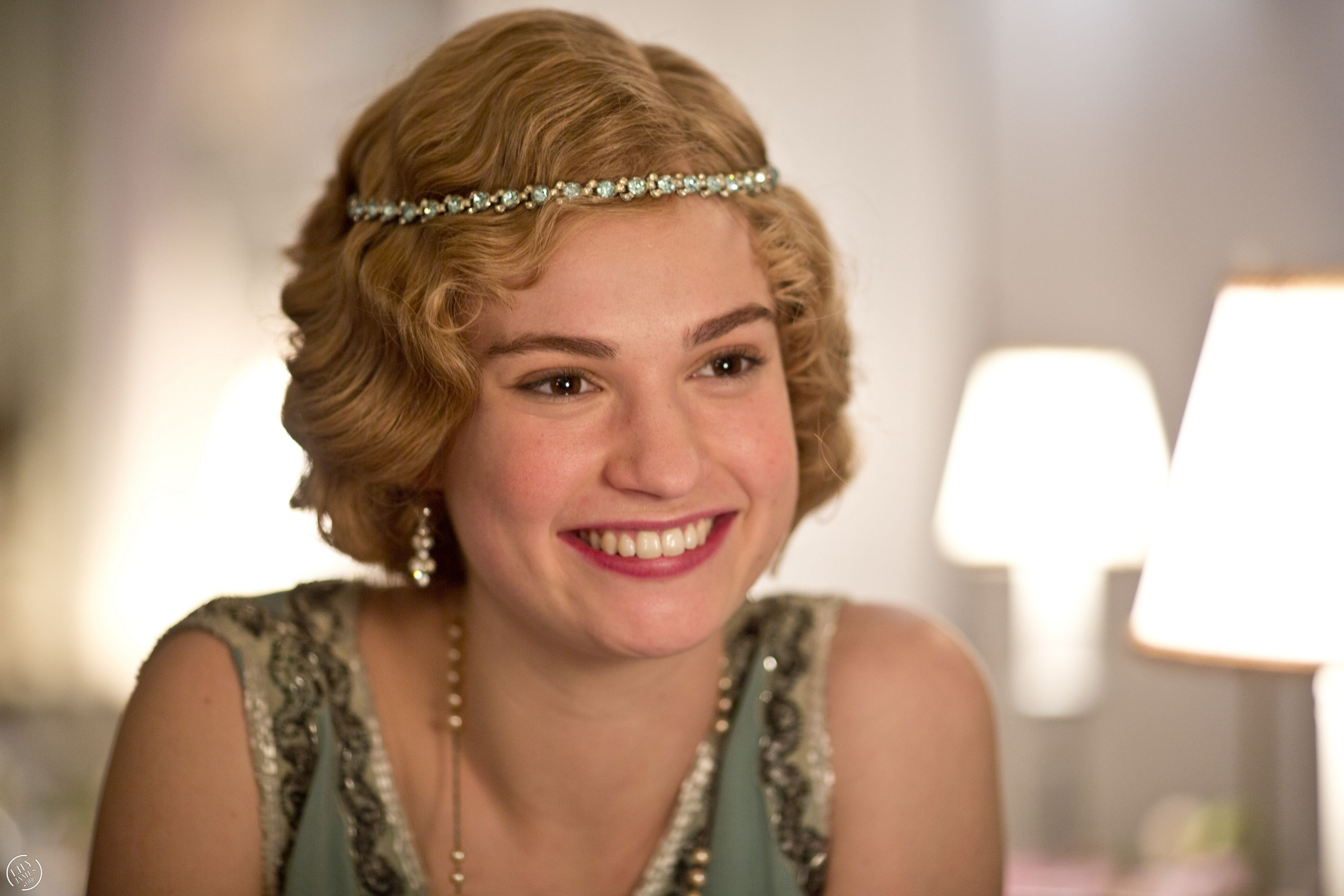 Lily James Pictures Gallery (5)