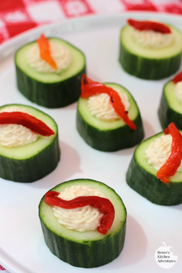 Easy Cucumber Hummus Cups | by Renee's Kitchen Adventures - quick, easy, healthy recipe for no-bake appetizer or snack. Vegan, Vegetarian