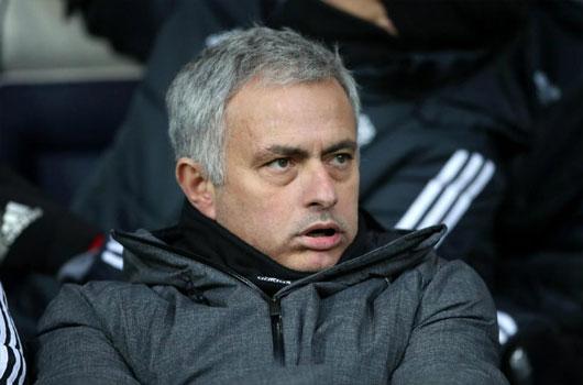 """MU """"đốt"""" 660 triệu bảng: Mourinho mua 7, bấu víu 7 di sản Sir Alex 1"""