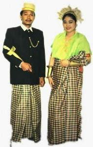 Gambar Pakaian Adat Sulawesi Selatan Pengantin