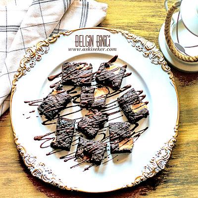 Tahin Helvalı Browni Tatlı Tarifi  nasıl yapılır kolay nefis lezzetli videolu tatlı yemek tarifleri