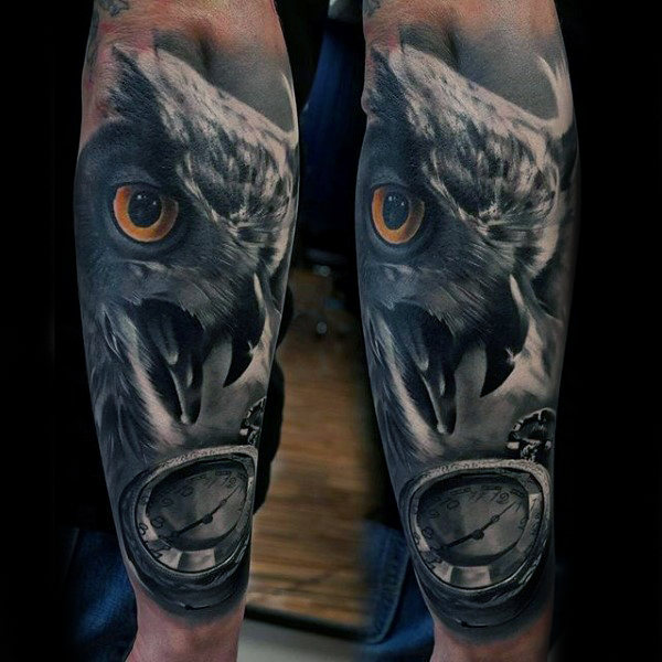 tatuajes para hombres de halcón