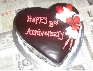 kue ulang tahun hari jadian