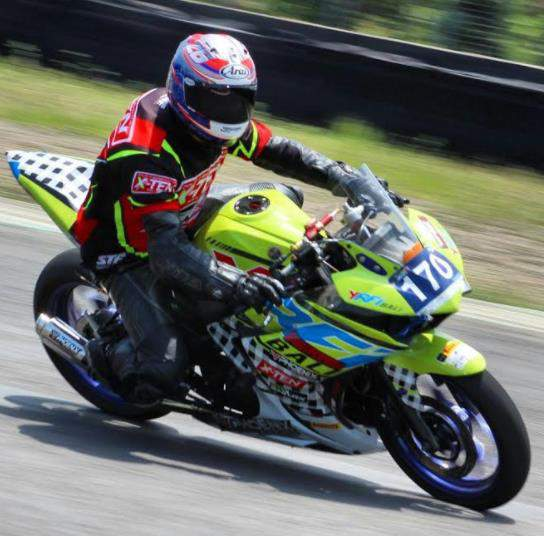 YROI _Dewata_racing_Bersama_Phoenix_Muffler_raih_Podium_Yamaha_Sunday_race_2017_Seri_3